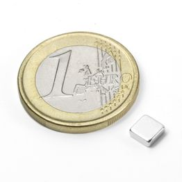Q-05-05-02-N Blokmagneet 5 x 5 x 2 mm, houdt ca. 650 gr, neodymium, N45, vernikkeld