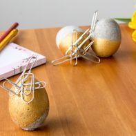 Beton-Eier mit Anziehungskraft