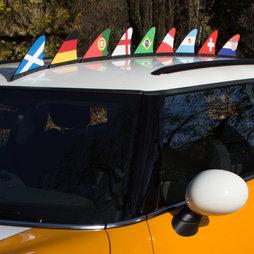 M-42, Alettone per tifosi bandiere nazionali, bandiera magnetica per l'auto