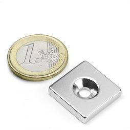 CS-Q-20-20-04-N, Parallelepipedo magnetico 20 x 20 x 4 mm, Con foro svasato, N35, nichelato