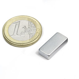 Q-18-08-04-Z, Parallelepipedo magnetico 18 x 8 x 4 mm, neodimio, N45, zincato