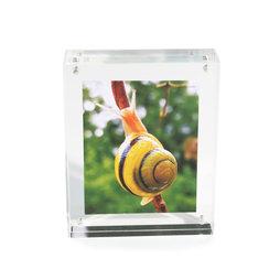 FRM-01, Cornice 11${dec}5 x 9 cm, con chiusura magnetica, in vetro acrilico trasparente, per formato orizzontale o verticale
